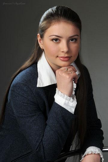 Ткалич (Ремизова) Ксения Владимировна,  ведущий консультант